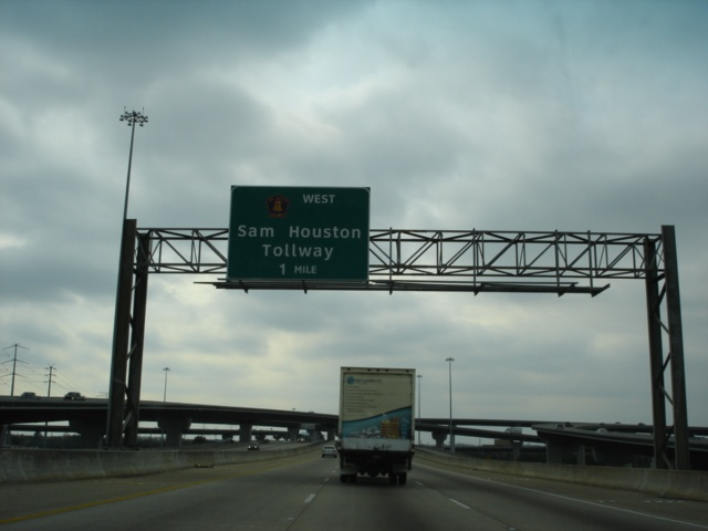 Beltway 8 West approaching the Sam Houston Tollway - 1 mile.
