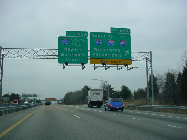 Delaware 1 and Delaware 7 North at Exit 165B - Interstate 95 North