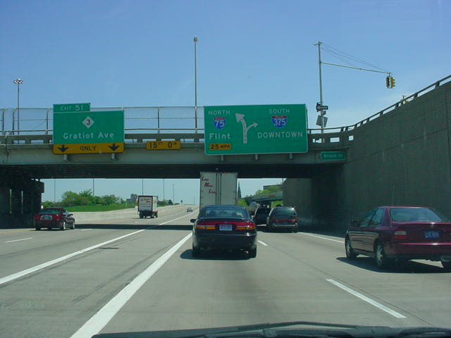 Interstate 75 North at Exit 51 - M-3