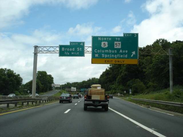 Interstate 91 and U.S. 5 North at Exit 3 - U.S. 5 North