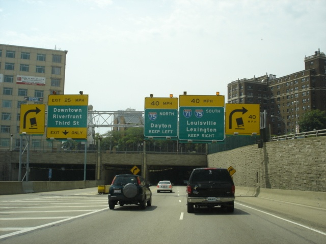 Interstate 71 South at Downtown Cincinnati exit