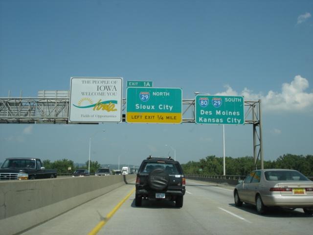 OKRoads -- Interstate 80 Iowa - Eastbound - Nebraska State Line to