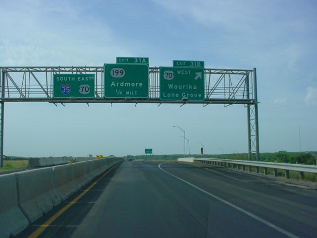 Interstate 35 South at Exit 31B - U.S. 70 West