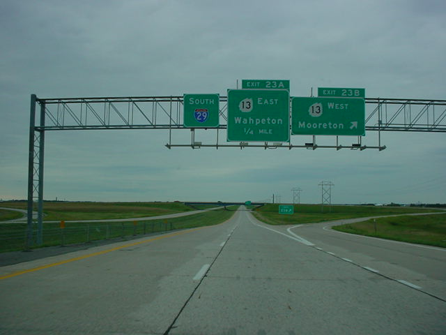 Interstate 29 South at Exit 23B - ND 13 West