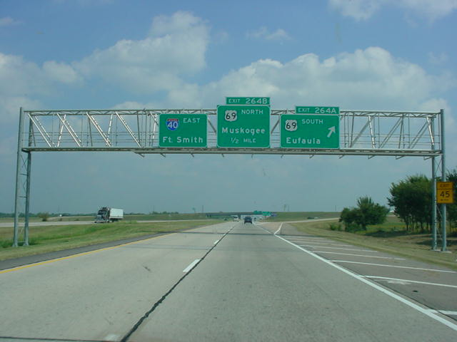 Interstate 40 East at Exit 264A - U.S. 69 South