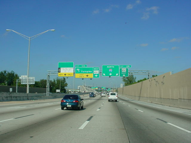 Interstate 95 North approaching Exit 12A - Florida's Turnpike